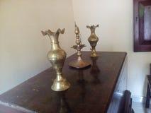 coleção do brassware com importância antiga foto de stock royalty free