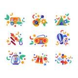 A coleção do curso e do equipamento de acampamento, ícones coloridos do curso do verão vector a ilustração em um fundo branco ilustração royalty free