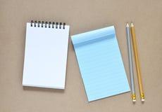 Coleção do vários papel e lápis de nota Fotos de Stock
