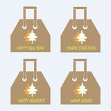 Coleção dos sacos de compras As árvores de Natal abstratas alaranjadas e verdes, as palavras boas festas, ano novo feliz, casam o Fotos de Stock