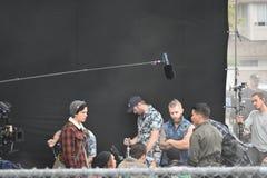 Cole Sprouse på uppsättning arkivfoton
