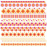 Colección colorida del ajuste o de la frontera con las flores y los corazones stock de ilustración