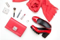 Colección de accesorios rojos del ` s de las mujeres para la fecha o el día de fiesta especial Endecha plana Imagenes de archivo