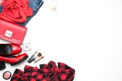 Colección de accesorios rojos del ` s de las mujeres para la fecha o el día de fiesta especial Endecha plana Copie el espacio Imagen de archivo libre de regalías