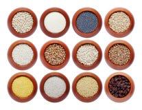 Colección de cereales diferentes en potes Fotos de archivo libres de regalías