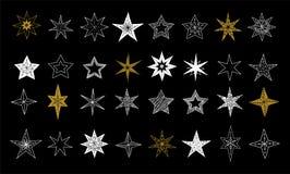Colección de copos de nieve, estrellas, decoraciones de la Navidad, ejemplos dibujados mano stock de ilustración