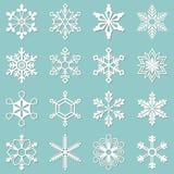 Colección de 16 diversos copos de nieve Foto de archivo