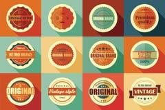 Colección de etiquetas, de insignias, de sellos y de cintas retros del vintage stock de ilustración