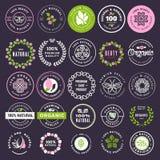 Colección de etiquetas engomadas y de insignias para los cosméticos y los productos de belleza naturales libre illustration