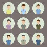 Colección de iconos de hombres en un estilo plano Avatares masculinos Fotos de archivo libres de regalías