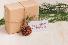 Colección de las cajas de la Navidad o de regalo del Año Nuevo envuelta en Kraft pap Imágenes de archivo libres de regalías