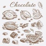 Colección de los elementos del chocolate Dé los granos de cacao del dibujo, las barras de chocolate y las hojas stock de ilustración
