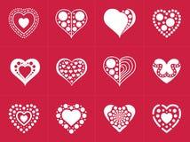 Colección de los iconos del corazón en estilo plano de moda aislada en fondo rojo fotos de archivo