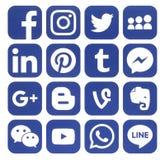 Colección de medios iconos sociales azules populares