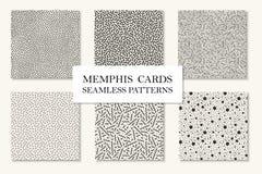 Colección de modelos inconsútiles de Memphis, tarjetas Texturas de mosaico curvadas, punteadas Estilo retro 80 de la moda - 90s Imagen de archivo
