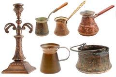 Colección de objetos de cobre amarillo Fotos de archivo libres de regalías