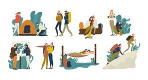 Colección de pares románticos jovenes durante caminar viaje o acampada de la aventura Hombres y mujeres que echan la tienda, mint stock de ilustración
