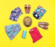 Colección de ropa brillante del verano Imágenes de archivo libres de regalías