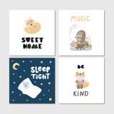 Colección de tarjetas de los niños con los animales y las letras salvajes lindos de la historieta Perfeccione para los carteles d imágenes de archivo libres de regalías