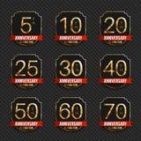 Colección del ` s del logotipo del aniversario 5to, 10mo, vigésimo, 25to, trigésimo, 40.o, 50.o, 60.o, 70.os logotipos del oro de Fotos de archivo