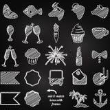 Colección del vector de iconos de la boda o del compromiso del estilo de la pizarra stock de ilustración