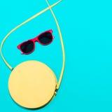 Colección elegante colorida de los accesorios del verano de la mujer Fotos de archivo libres de regalías