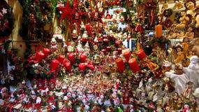 Colección grande de decoraciones de la Navidad imagen de archivo