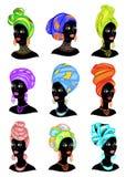 colecci?n Silueta de una cabeza de una se?ora dulce Un mant?n brillante, un turbante se ata en la cabeza de una muchacha afroamer stock de ilustración