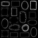 Colección de bastidores dibujados mano blanca decorativa en fondo negro Imagenes de archivo