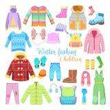 Coleção da roupa e dos acessórios do inverno das crianças com revestimentos, chapéus e camisetas Fotos de Stock Royalty Free