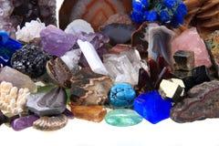 Coleção de minerais e de gemas da cor Fotografia de Stock Royalty Free