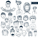 Coleção desenhado à mão da garatuja da multidão dos povos dos avatars 27 caras engraçadas diferentes Grupo do vetor dos desenhos  Imagens de Stock Royalty Free