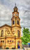 Coleraine城镇厅钟楼  免版税图库摄影