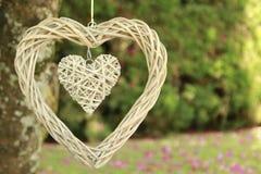 Colgante de madera del corazón Foto de archivo libre de regalías