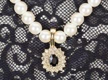 Colgante en las perlas Fotos de archivo