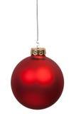 Colgante rojo de la bola de la Navidad Imagen de archivo