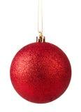 Colgante rojo de la bola de la Navidad Fotografía de archivo