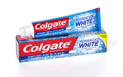 Colgate-tanddeeg op wit royalty-vrije stock afbeelding