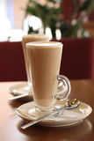 Colher da placa de Latte do café do café Imagens de Stock