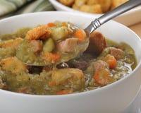 Colher de sopa de ervilha Fotografia de Stock Royalty Free
