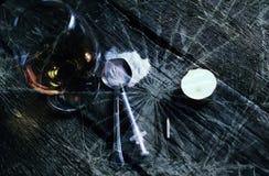 Colher de vidro da seringa da droga da quebra do conceito Fotografia de Stock
