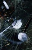 Colher de vidro da seringa da droga da quebra do conceito Imagens de Stock Royalty Free