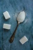 Colher e açúcar Fotografia de Stock