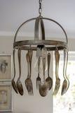 Colher e forquilha feitas como uma lâmpada decorativa Imagens de Stock
