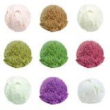Colheres do gelado isoladas no fundo branco Imagem de Stock