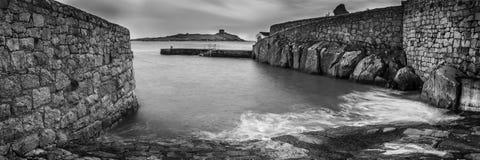 Coliemore hamn och Dalkey ö Arkivfoton