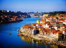 Colina con la ciudad vieja de Oporto, Portugal Fotografía de archivo libre de regalías
