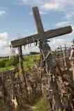 Colina de cruces. Lituania. imagen de archivo libre de regalías