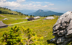 Colina de Velika Planina, Eslovenia Imagen de archivo libre de regalías