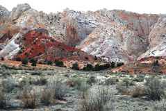 Colina roja escénica del desierto Fotografía de archivo libre de regalías